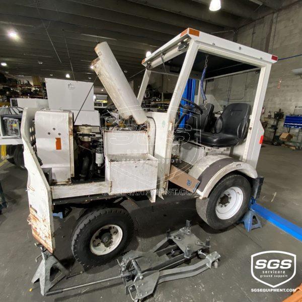 MA50 TUG Baggage Tractor with Cummins engine